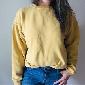 Vintage • Yellow Crewneck Sweatshirt